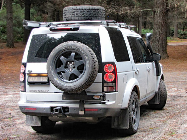 Discovery 3 & 4 swing away wheel carrier